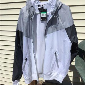 Men's Nike windbreaker jacket - new with tags